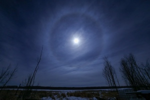 Moon halo in Saskatchewan